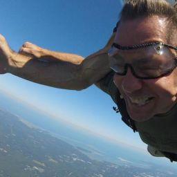 Brett Miller Skydive - Davis Phinney Foundation